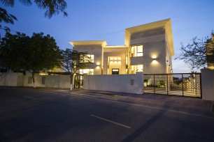 Emirates Hills Villa No. J5